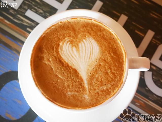 照咖複合式咖啡諾亞婚紗