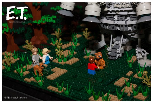 """I'll be right here..."" E.T. Lego MOC - 19"