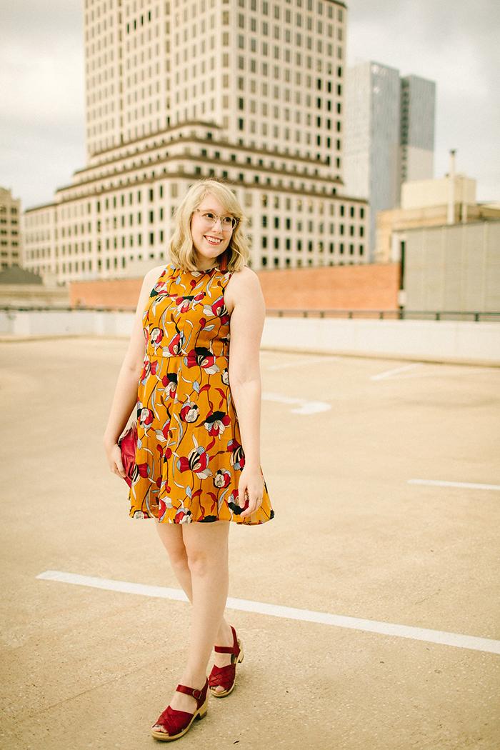 austin style blogger writes like a girl floral mustard dress5