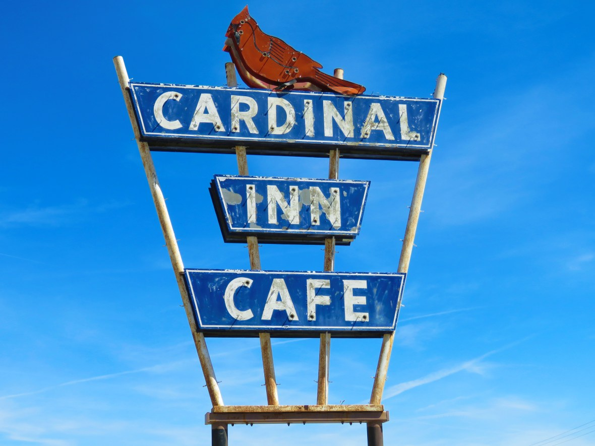 Cardinal Inn Cafe - 856 West Washington Street, Pittsfield, Illinois U.S.A. - April 9, 2016