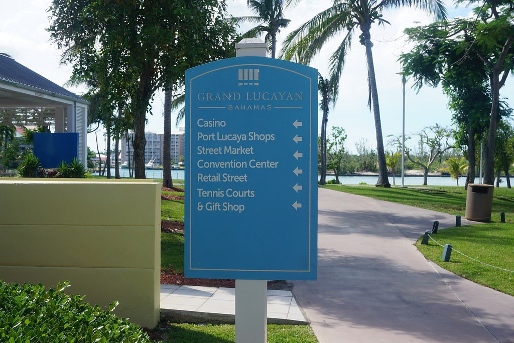 grand lucayan resort sign