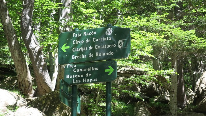 Good signage everywhere. Ordesa Valley and its environs are very, very accessible.