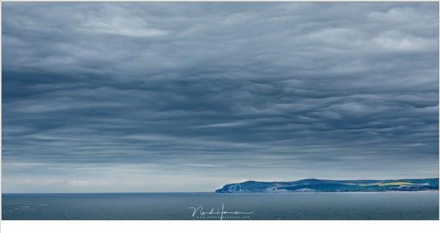 Cap Blanc Nez aan de horizon, gezien vanaf Cap Gris Nez (EOS 5D mark IV + EF70-200L II @ 80mm | ISO100 | f/7,1 | t=1/160sec)
