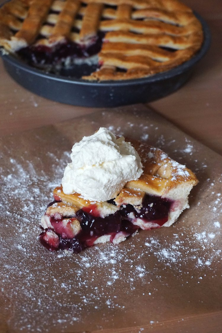 Gluten free yoghurt pie crust recipe | gluten free lattice cherry pie