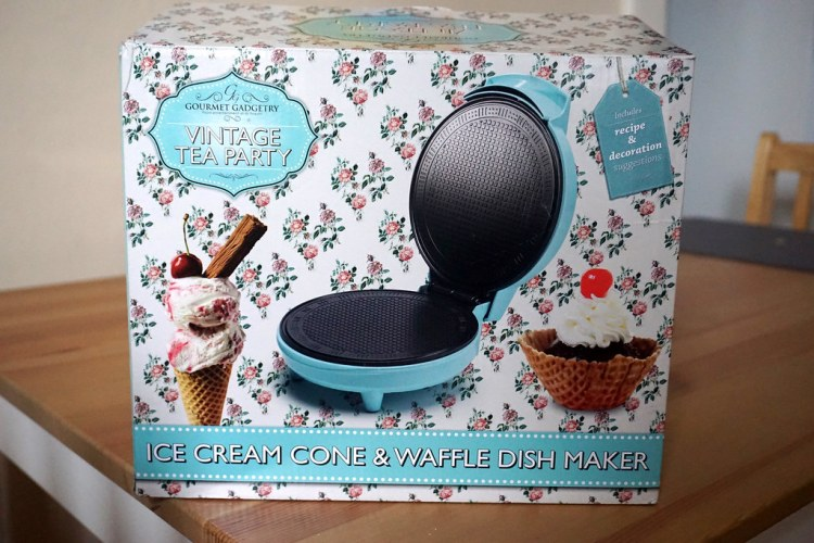 Gourmet Gadgetry Vintage Tea Party ice cream cone maker | gluten free Dutch waffles (stroopwafels) recipe
