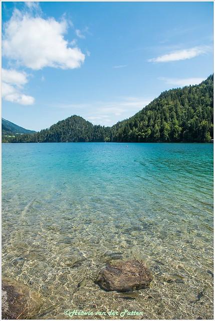 Het heldere water van de Hintersteinersee.