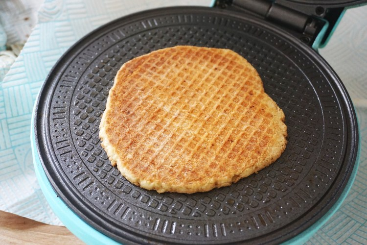 Gluten free Dutch waffles (stroopwafels) making process | cooked waffle