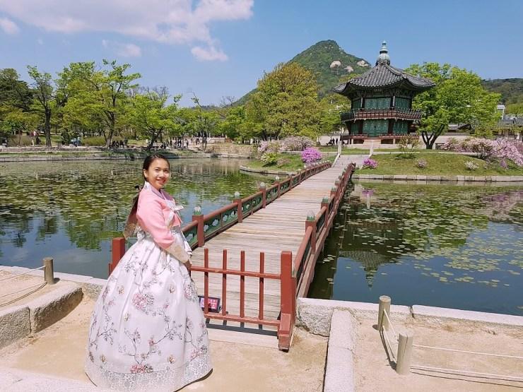 hanbok wearing in seoul