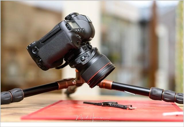 Het fotograferen van een horloge met de TS-E 24mm f/3,5L II op de EOS 1Dx. De minimale scherpstelafstand van 21cm maakt het mogelijk om dicht op het onderwerp te kruipen.