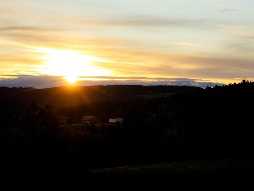 Een foto van een zonsopkomst... maar zo zag het er helemaal niet uit... Of wel? (100mm   ISO100   f/7,1   1/125)
