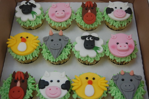 Farm Animal Cupcakes Beautiful Birthday Cakes