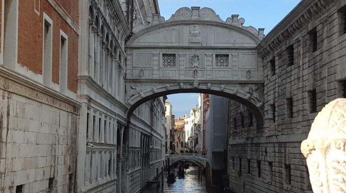 Resultado de imagen de puente de los suspiros venecia