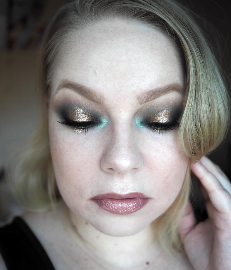 vihreä pronssi kulta uuden vuoden meikki glitter