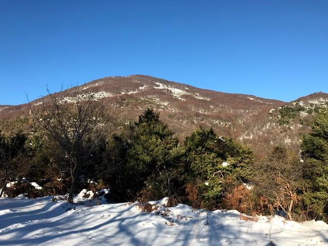 mount pelion in the winter