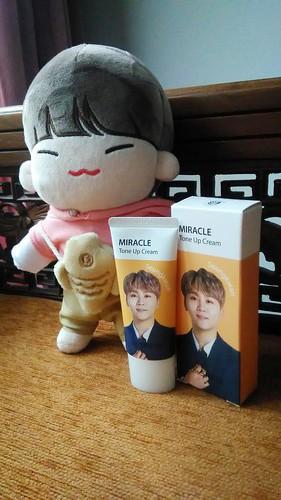 Seungkwan The Saem Seventeen Miracle Tone Up Cream