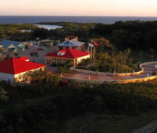 New Cruise Village In Roatan By Collective2008