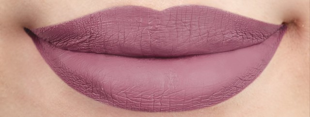 22 Cinderella Lip Swatch