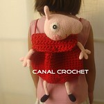 Peppa Pig trapillo - Free Crochet Backpack Pattern