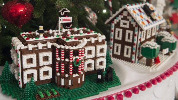 christmas brick exclusive lego made gingerbread houses decorate the white house