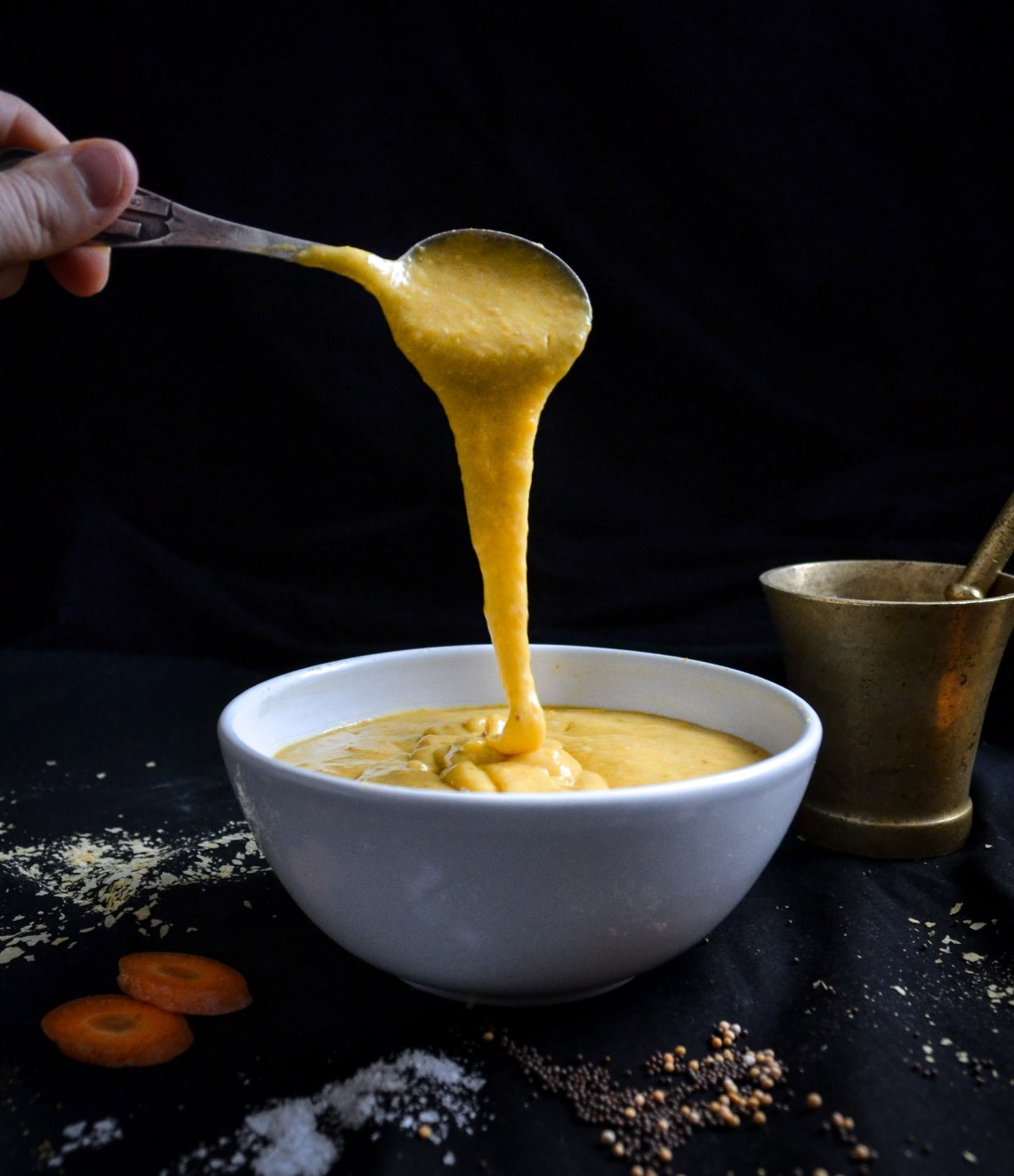 vegaaninen juustokastike