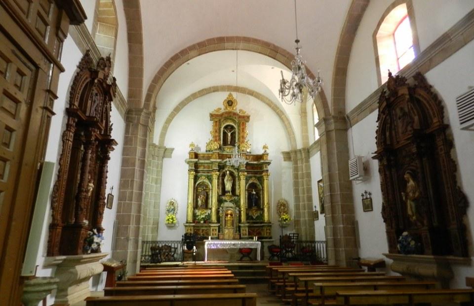 Iglesia altar Convento de La Pasion San Felices de los Gallegos Salamanca 03