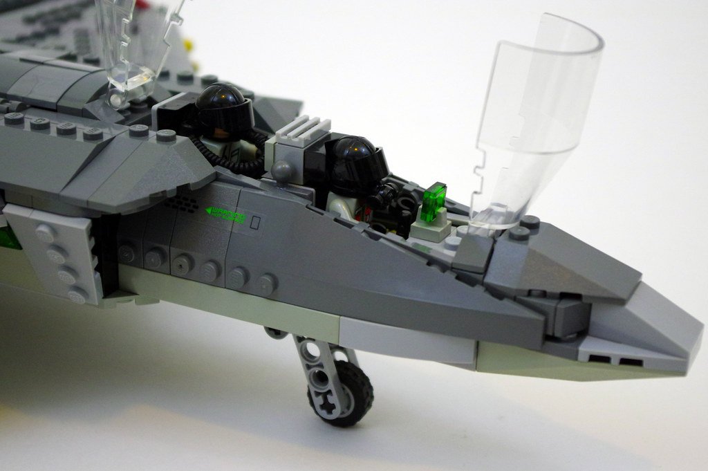 Cockpit   LEGO F 35B Lightning II   I re created Lego Creato      Flickr     Cockpit   LEGO F 35B Lightning II   by jskaare