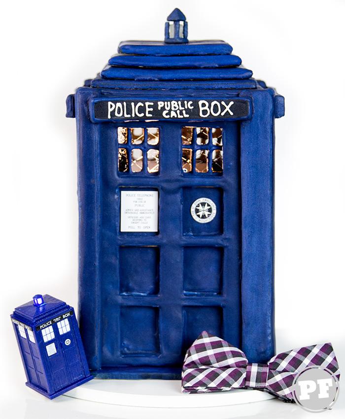TARDIS: Casinha de Gingerbread House por PratoFundo.com