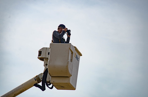 Bill Hightower in bucket truck-002
