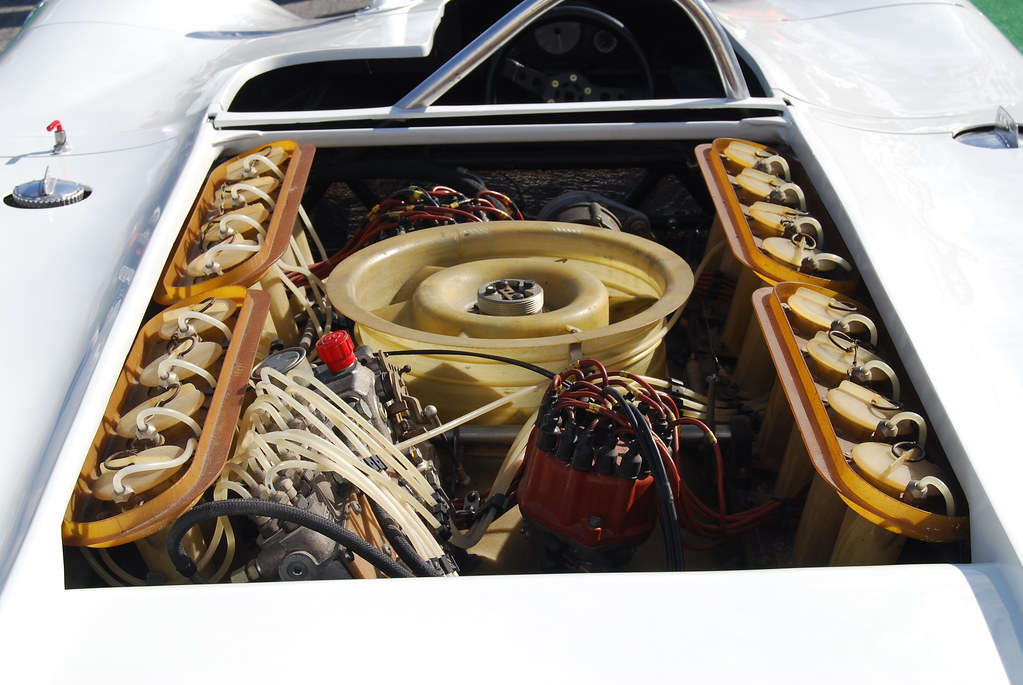 917 16 Cylinder Version 6 Litres Fiberglass Intake Man