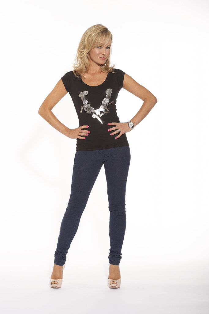 Amanda Holden Supporting Jeans For Genes Jeans For Genes