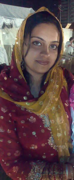 Samman Iqbal Beautiful Eyes Karachi Girl By Karachi Beautiful Girl