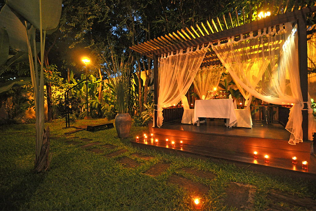 Candle Light Dinner Tara Angkor Is Delighted To Offer