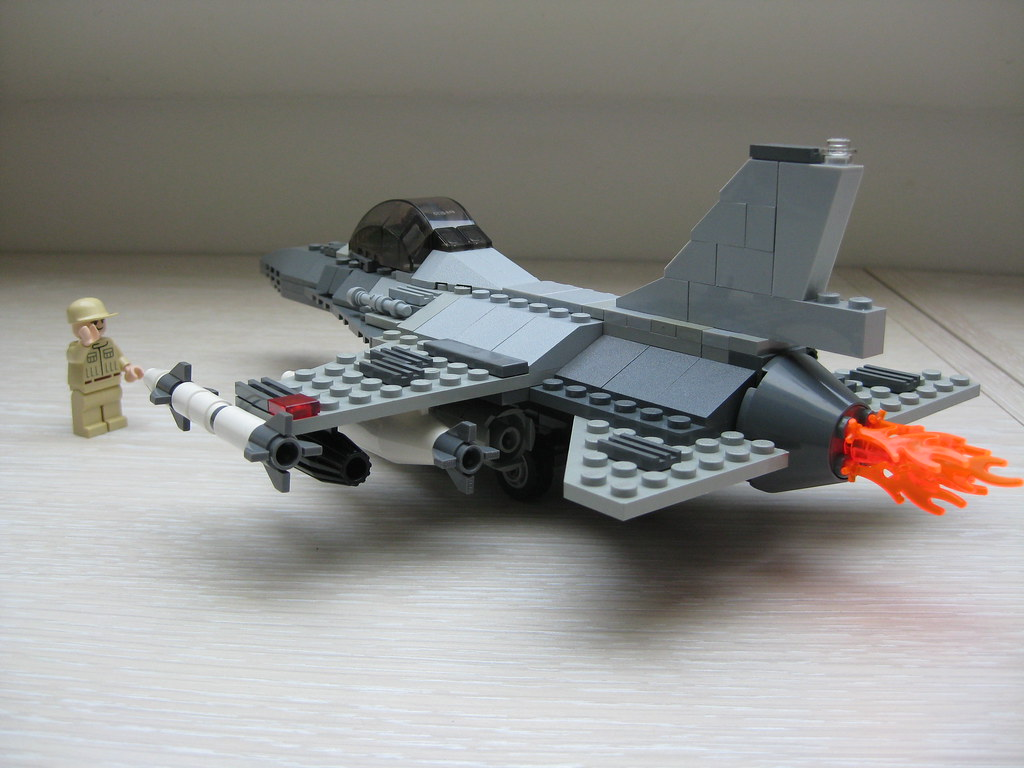 lego F 16 final  lg dbg   5    kingtiger719   Flickr     lego F 16 final  lg dbg   5    by kingtiger719