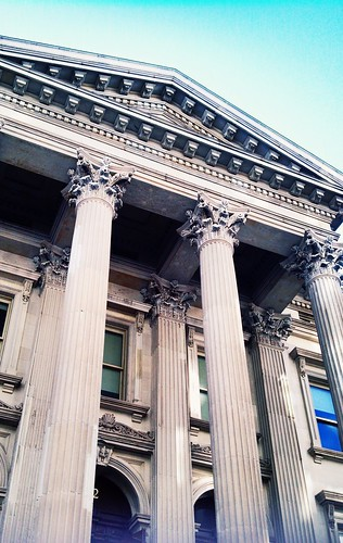 Columns, Tweed Courthouse