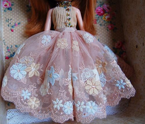 This dress made my jaw drop!!   dress by Mixi Michi custom ...
