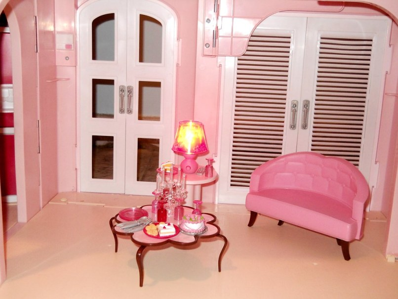 Barbie Dream House Living Room Furniture | Ayathebook.com