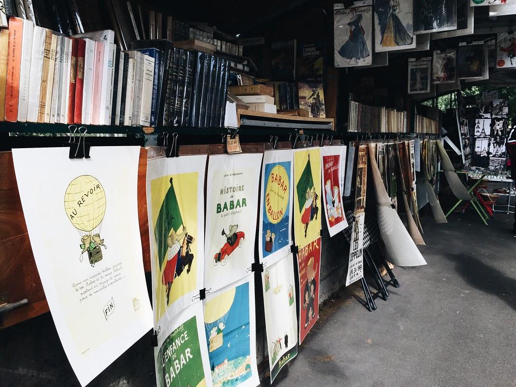 books left bank paris