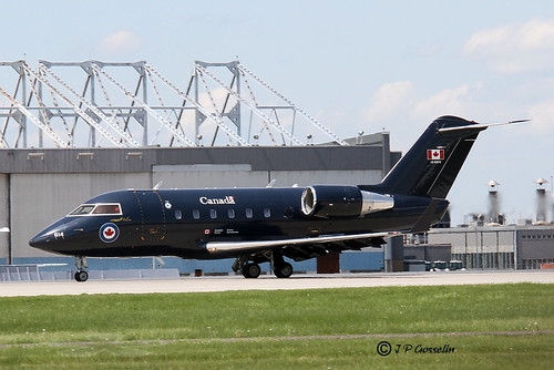 144614 | ROYAL CANADIAN AIR FORCE | RCAF | BOMBARDIER | CH ...