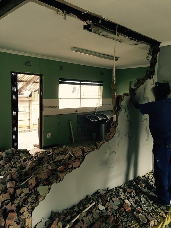 Kitchen renovation: opening it up