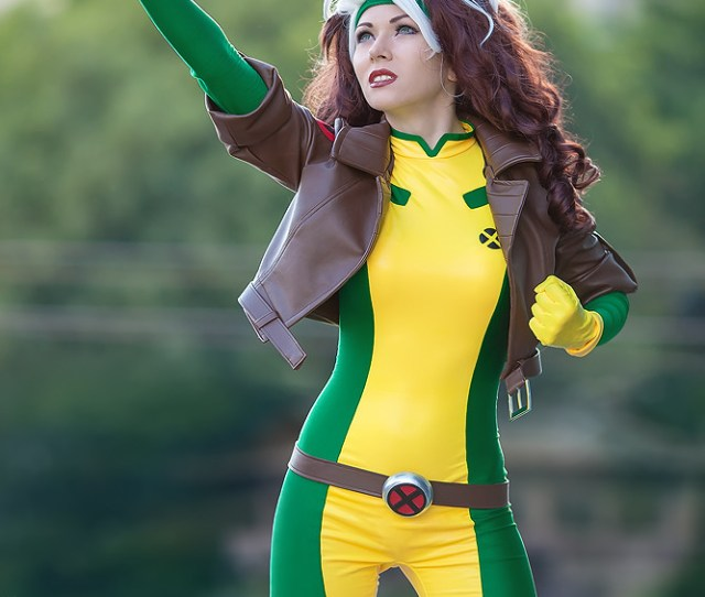 Cosplay Babes Rogue Cosplay By Chris_zeta