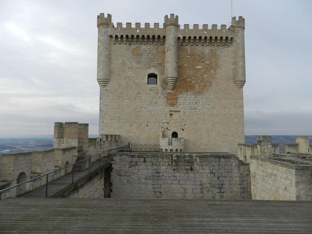 torre del homenaje Castillo Peñafiel Valladolid 07