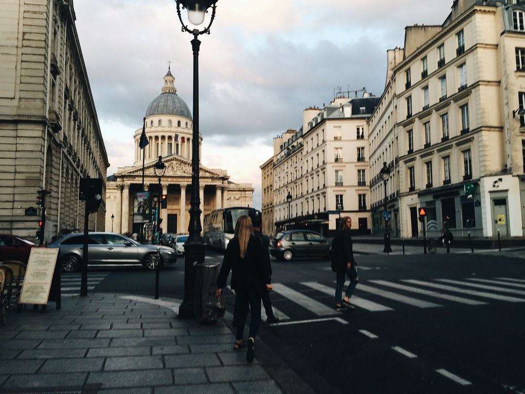 pantheon paris evening