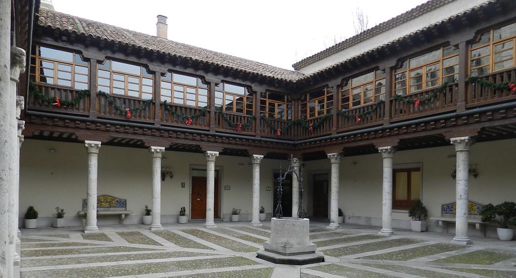 patio Palacio Pimentel Diputacion Provincial Valladolid 08