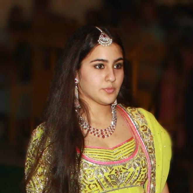 Amrita Singh Hot