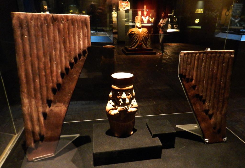 Museo Larco Lima Perú música y danza 5328