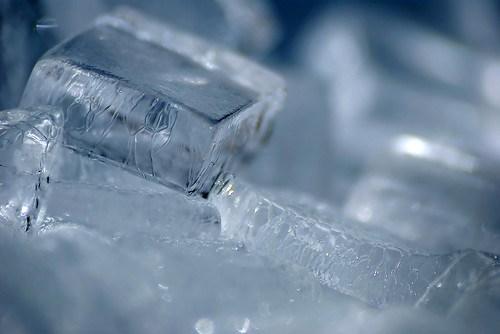 Ice 9349