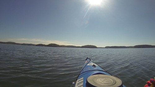Paddling to Cemetery Island in Lake Hartwell