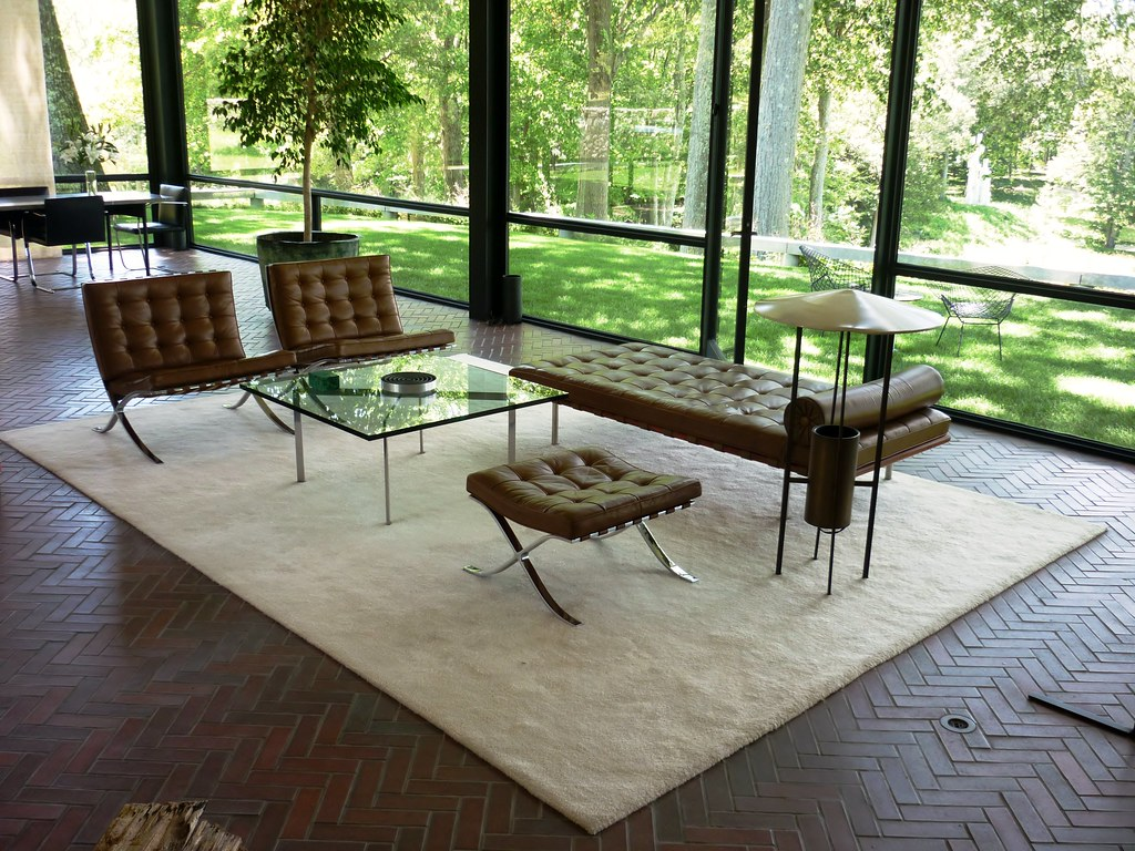 Philip Johnson Glass House JUN2012 Int 1 The Furniture