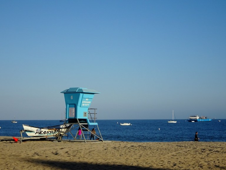 Santa Barbara beach, California, USA road trip - the tea break project solo travel blog