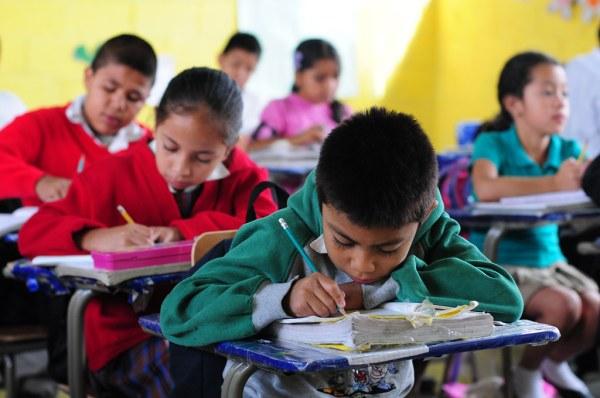 El Renacimiento School in Villa Nueva Guatemala   Children ...